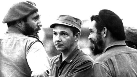 Fidel-con-Raúl-y-el-Che.jpg