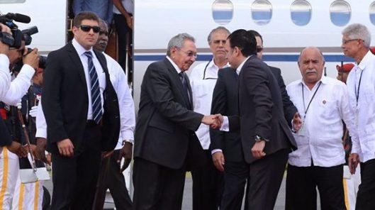 Raúl-Castro-presidente-de-Cuba-participará-en-CelacRD-580x325.jpg