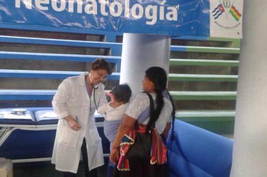 bolivia_medicos_cubanos-600x399.jpg