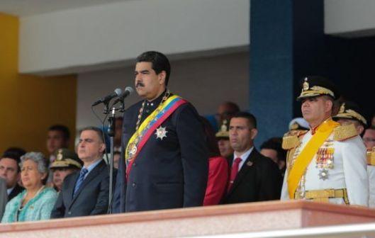 Maduro-en-el-acto-por-el-día-de-las-Fuerzas-Armadas-580x369