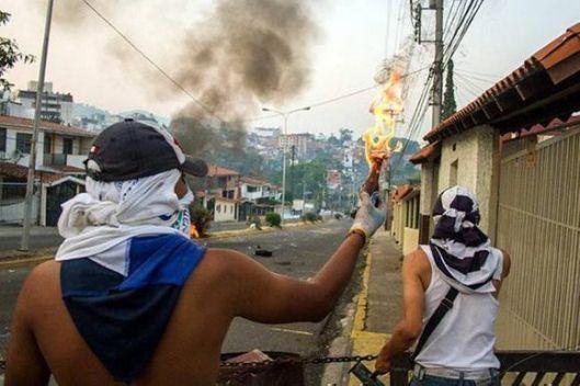 violencia-derecha-oposicion-venezuela-580x386.jpg