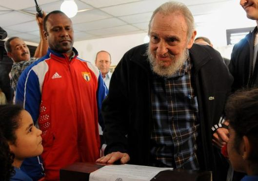 Fidel-Castro-elecciones-vota-5-580x409.jpg