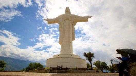 Cristo-de-Cochabamba-1-580x326.jpg