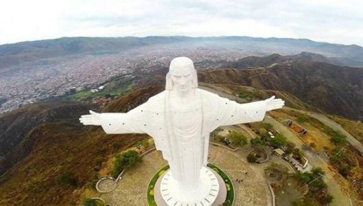 Cristo-de-Cochabamba.jpg